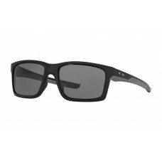 Oakley  Mainlink Sunglasses (Standard Fit)  Black and White