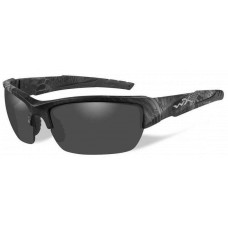 Wiley X  Valor Sunglasses  Black and White